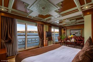 Royal Suite-04.jpg