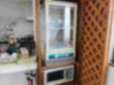 平沢マリンセンターの冷蔵庫と電子レンジ