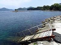 平沢ビーチ東口のエントリースロープ