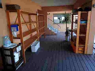 平沢マリンセンターのお荷物置き棚