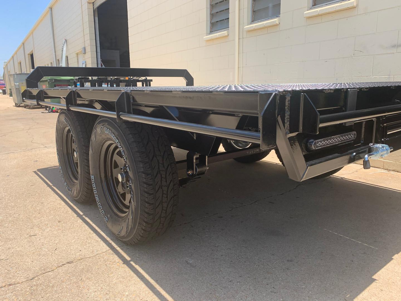 Titanium Trailers 10x7 custom