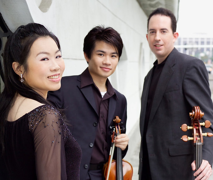 Gemini Piano Trio 4_edited_edited.jpg