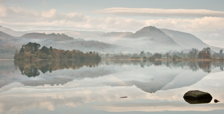Morning mists, Grasmere.jpg