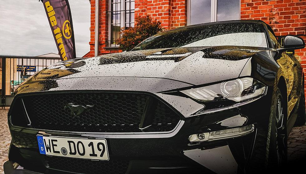 Die_Firma_Ford_Mustang.jpg