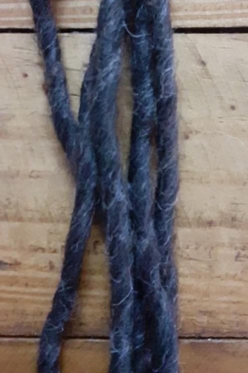 Lã de feltragem torcida cinza escuro