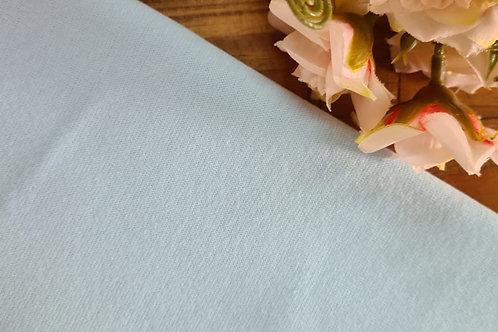 Punho branco azulado