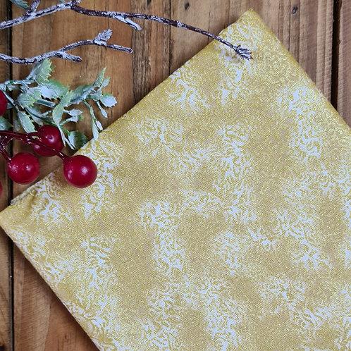 Tecido Natal dourado