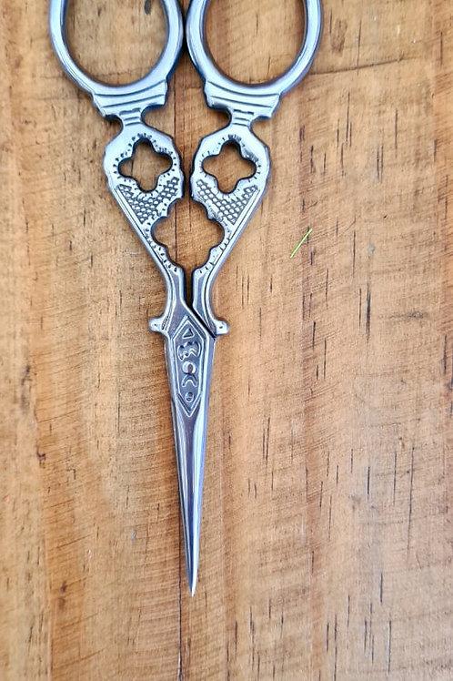 tesoura decor prata