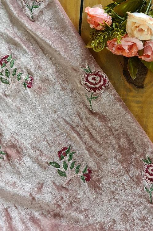 Tecido veludo bordado rosé