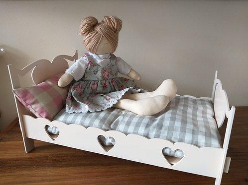 Cama para boneca