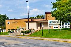 Robbinsdale Middle School.jpg