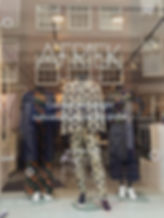 Window sticker Afriek Suits