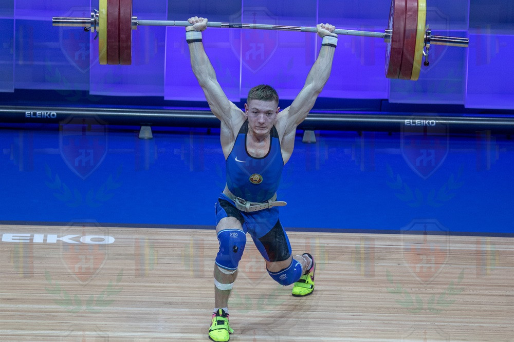 Dzmitry Ivanov no lift jerk.jpg