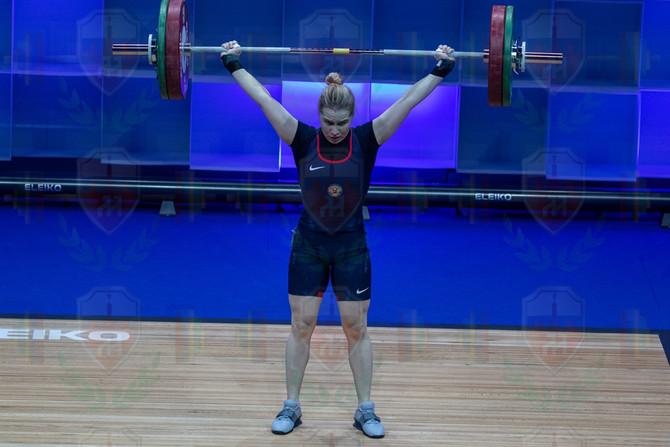 Aleksandra Kozlova good lift.jpg