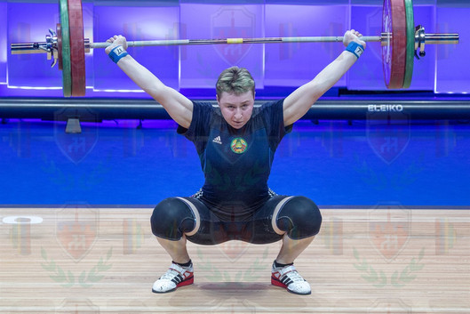 Ryna Litoshyk 2nd snatch.jpg