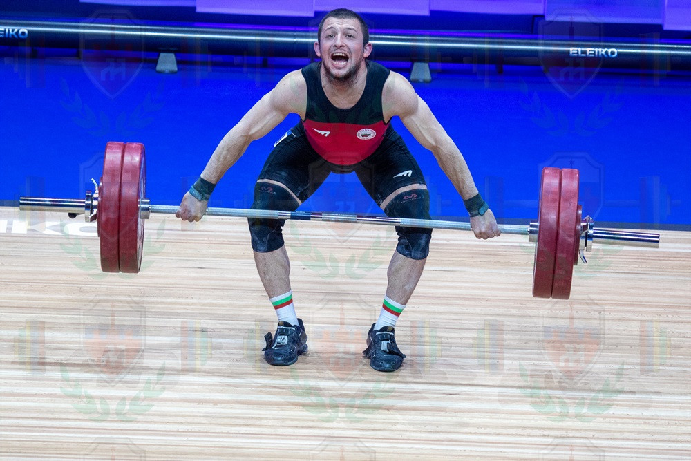 Petar Angelov snatch.jpg
