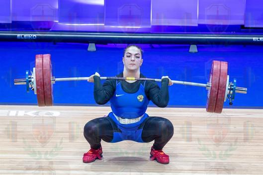 Iana Sotieva 2nd jerk lift.jpg