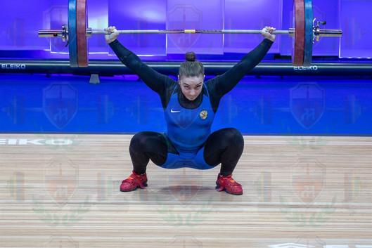 Iana Sotieva 2nd snatch.jpg