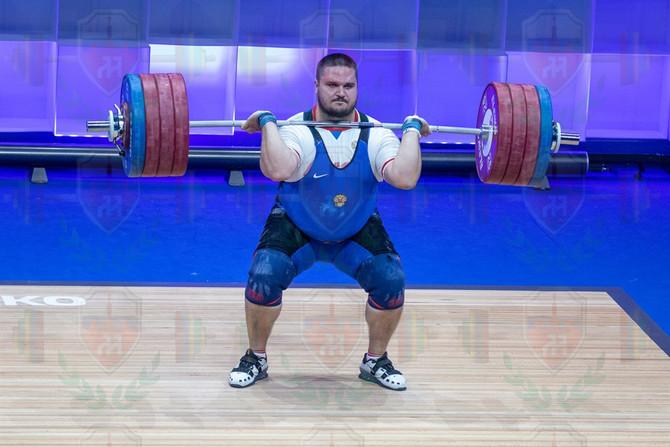 Antoniy Savchuk good lift.jpg