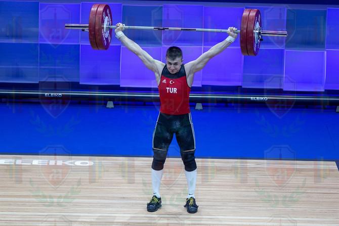 Yusuf Genc good lift.jpg