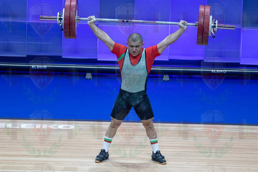 Valentin Genchev 2nd snatch.jpg