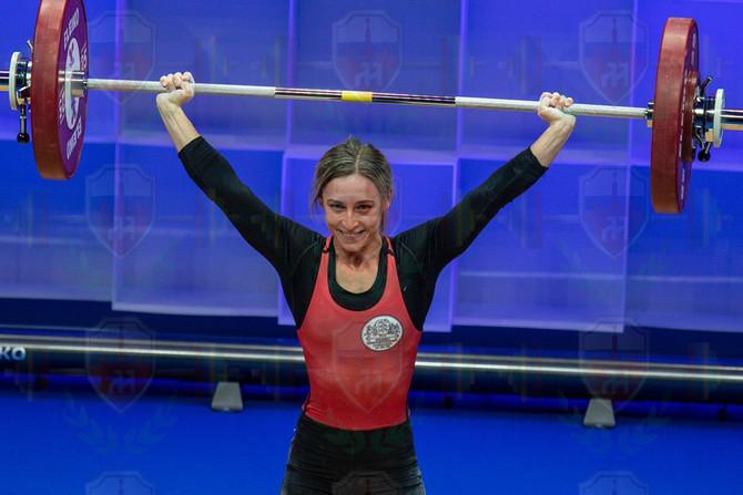 Sandra Jensen good lift.jpg