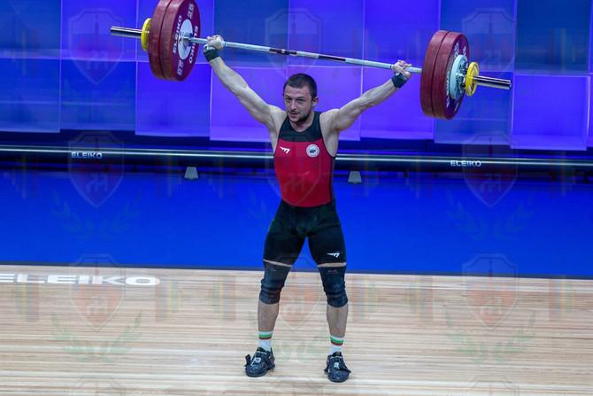 Petar Angelov 3rd snatch.jpg
