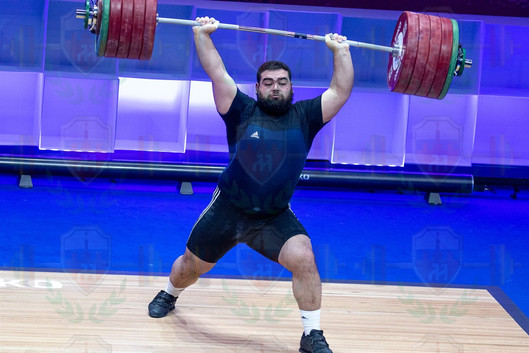 Gor Minasyan no 2nd lift.jpg