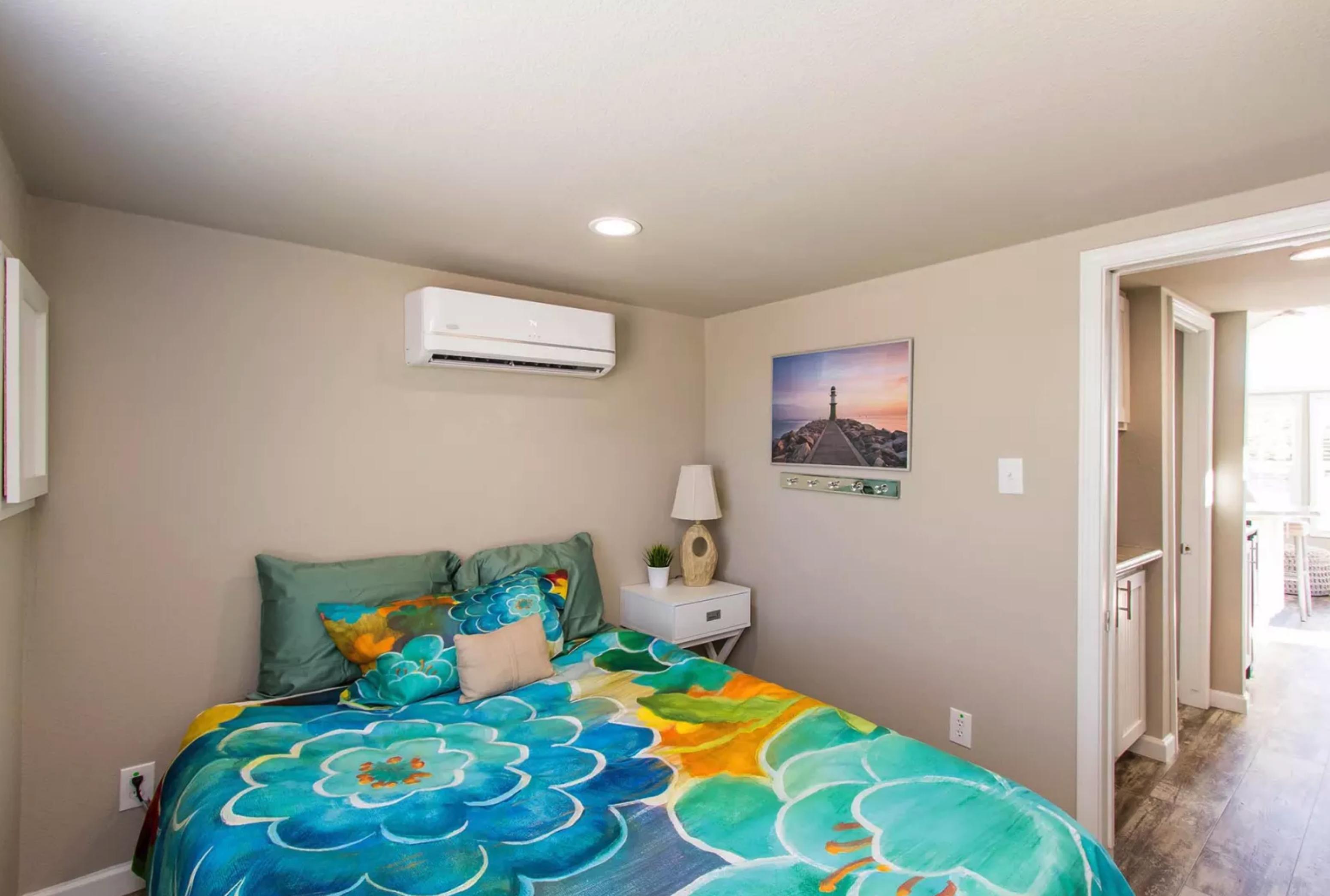 The Laguna APH-527 bedroom 2