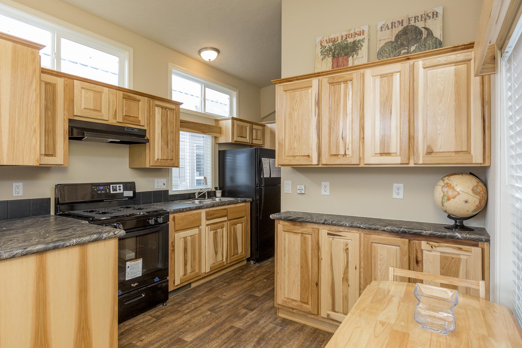 APH 506 kitchen 1