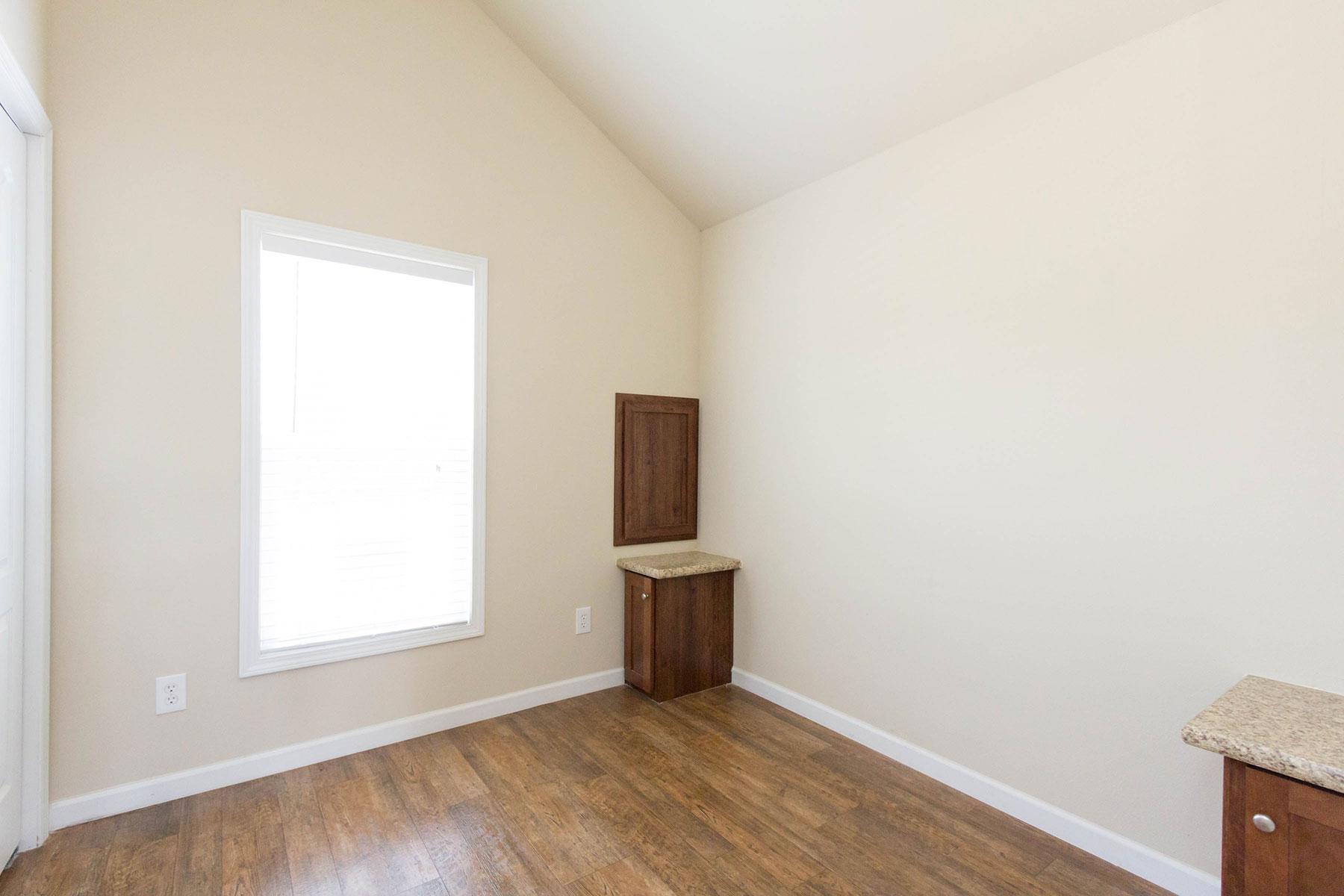 APH-501-bedroom-2