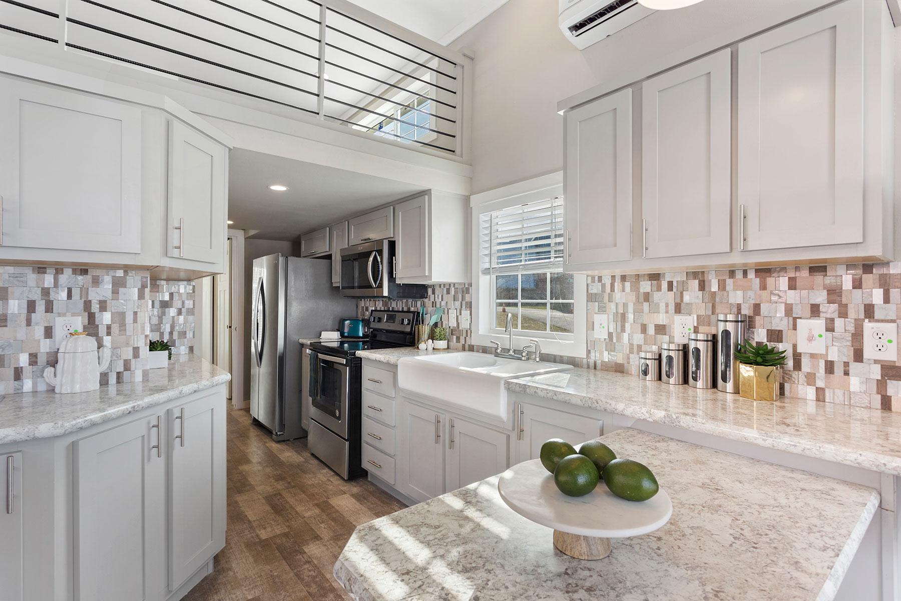 APH 528-kitchen-2
