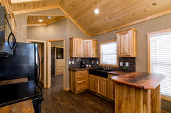 The Everest APH 716 Kitchen 5