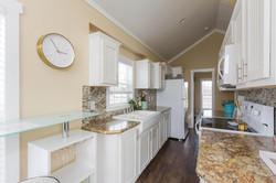 The Malibu APH 505 kitchen 6