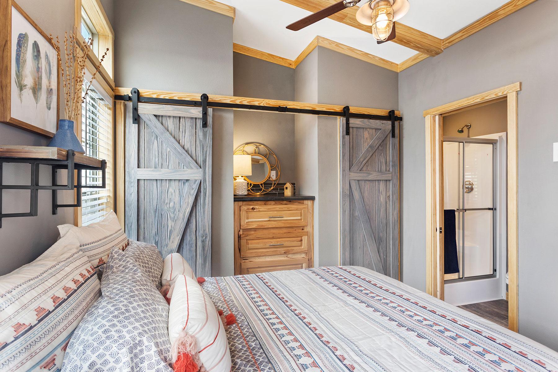 520-bedroom-3