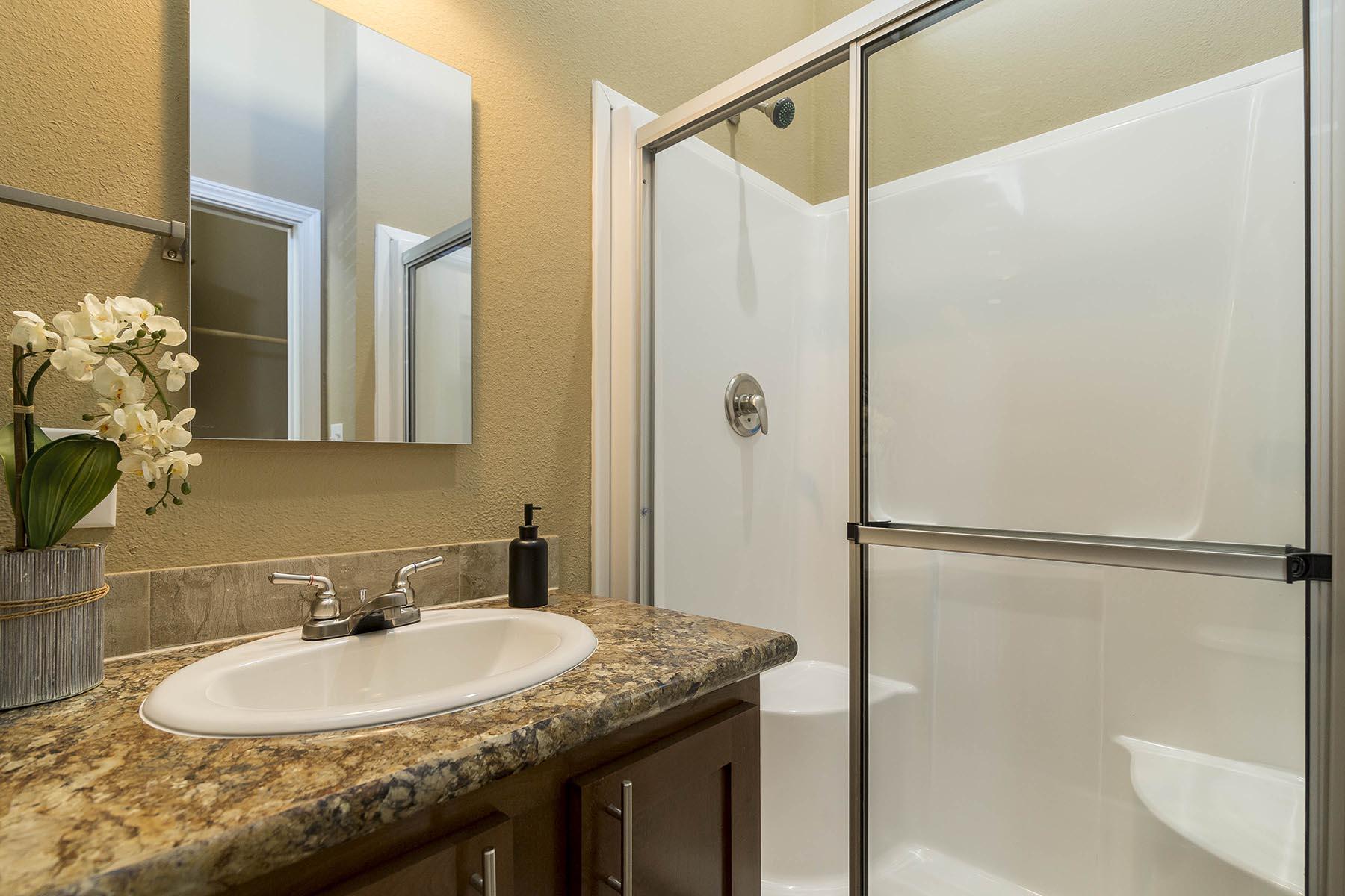 The Baja APH-532 bathroom 2