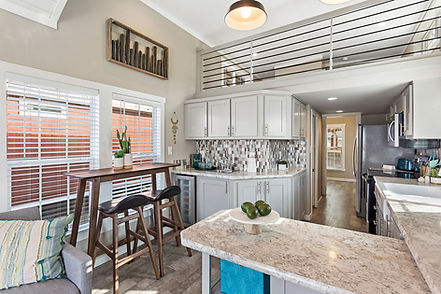 APH 528-kitchen-1.jpg