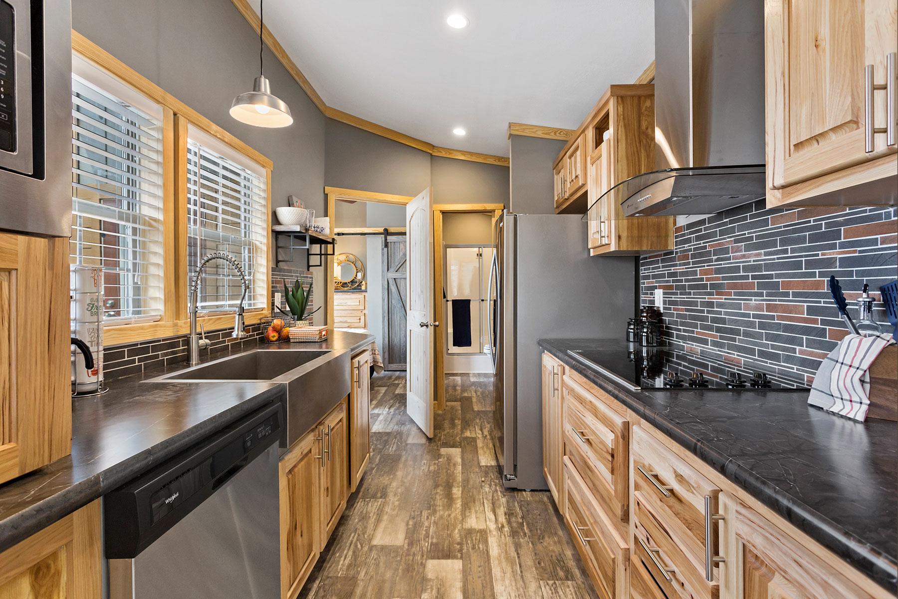 520-kitchen-1