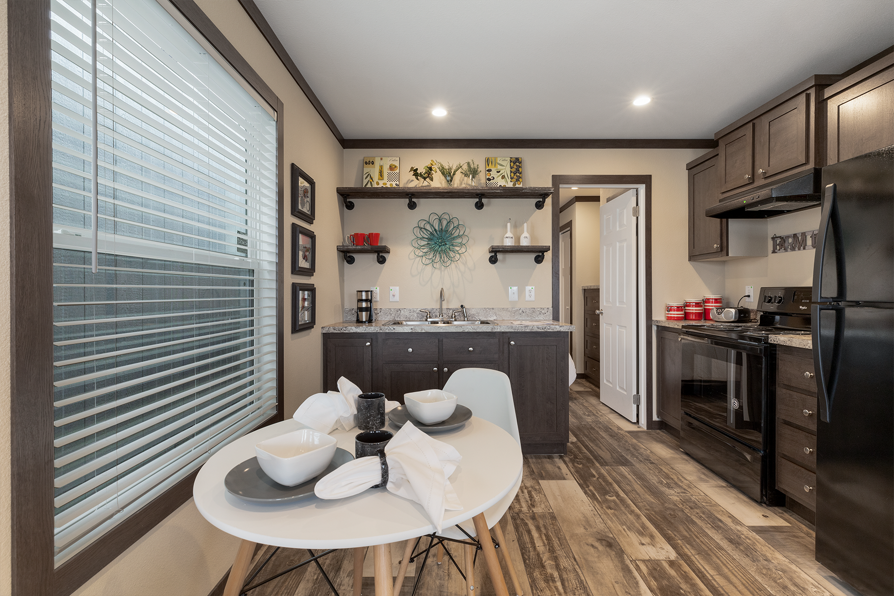 APX151 kitchen