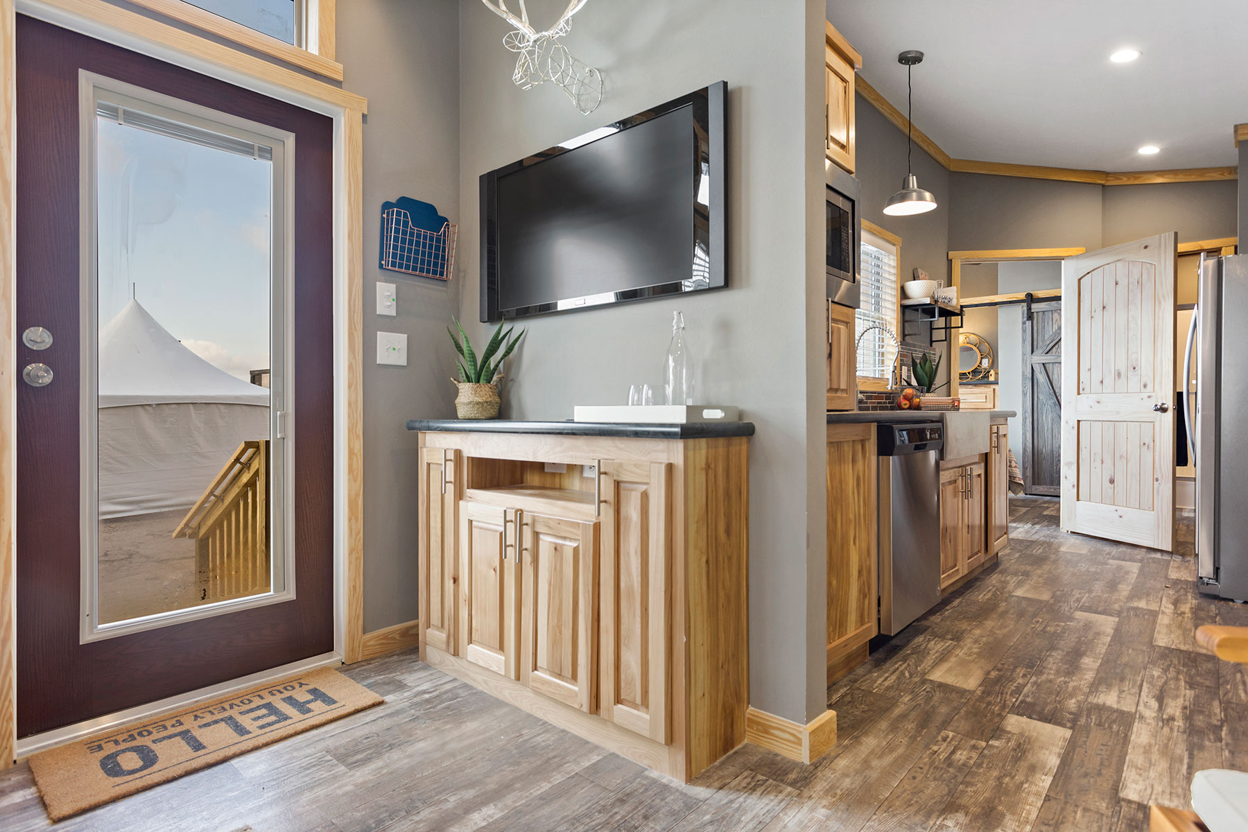 520-living-room-entertainment-unit