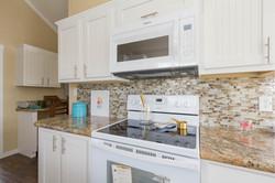 The Malibu APH 505 kitchen 4