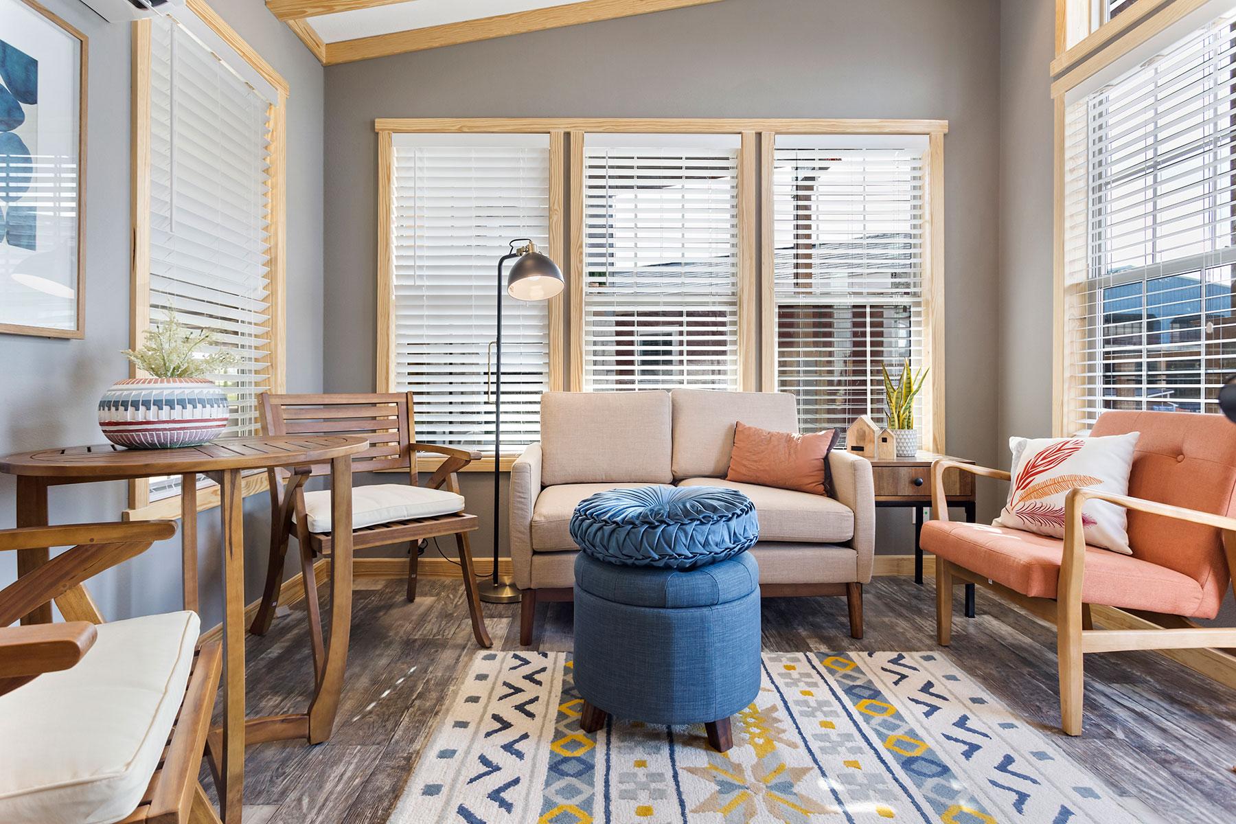 520-living-room-1