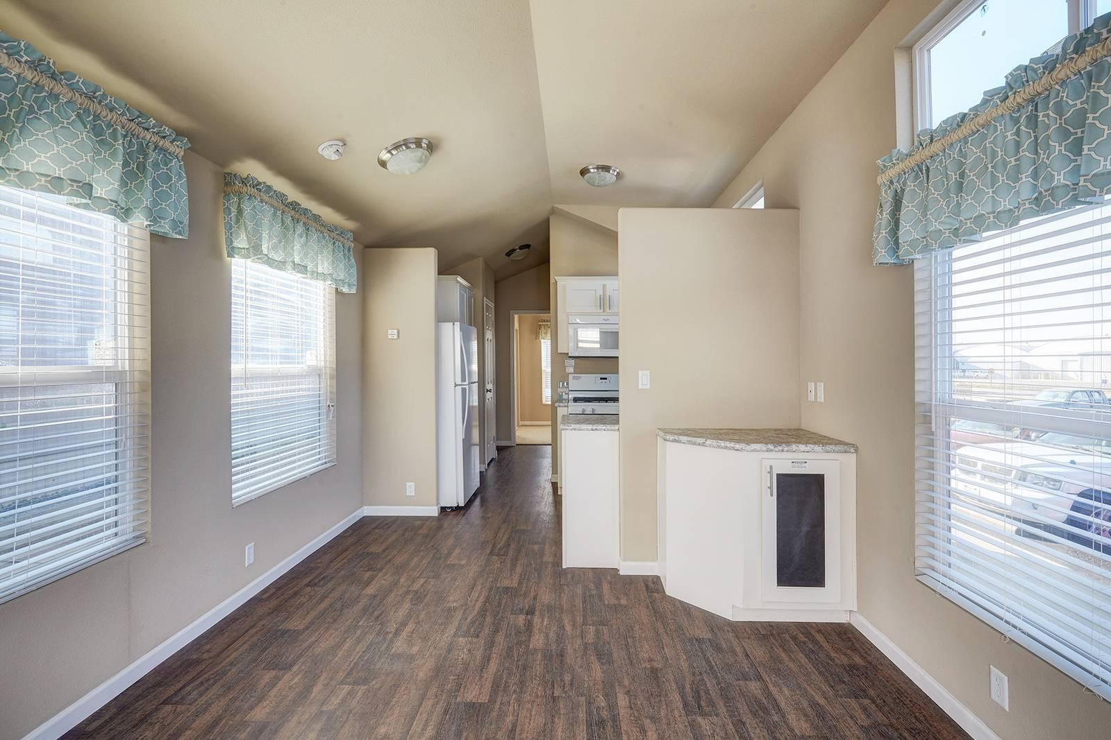 The Seadrift APH-504 Living Room