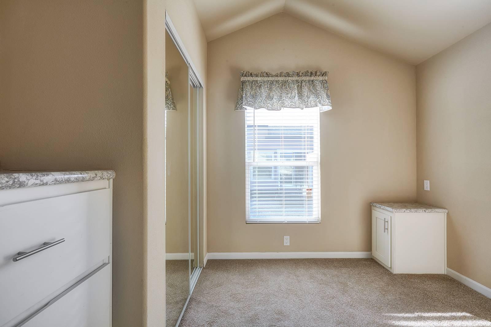 The Seadrift APH-504 Bedroom 2