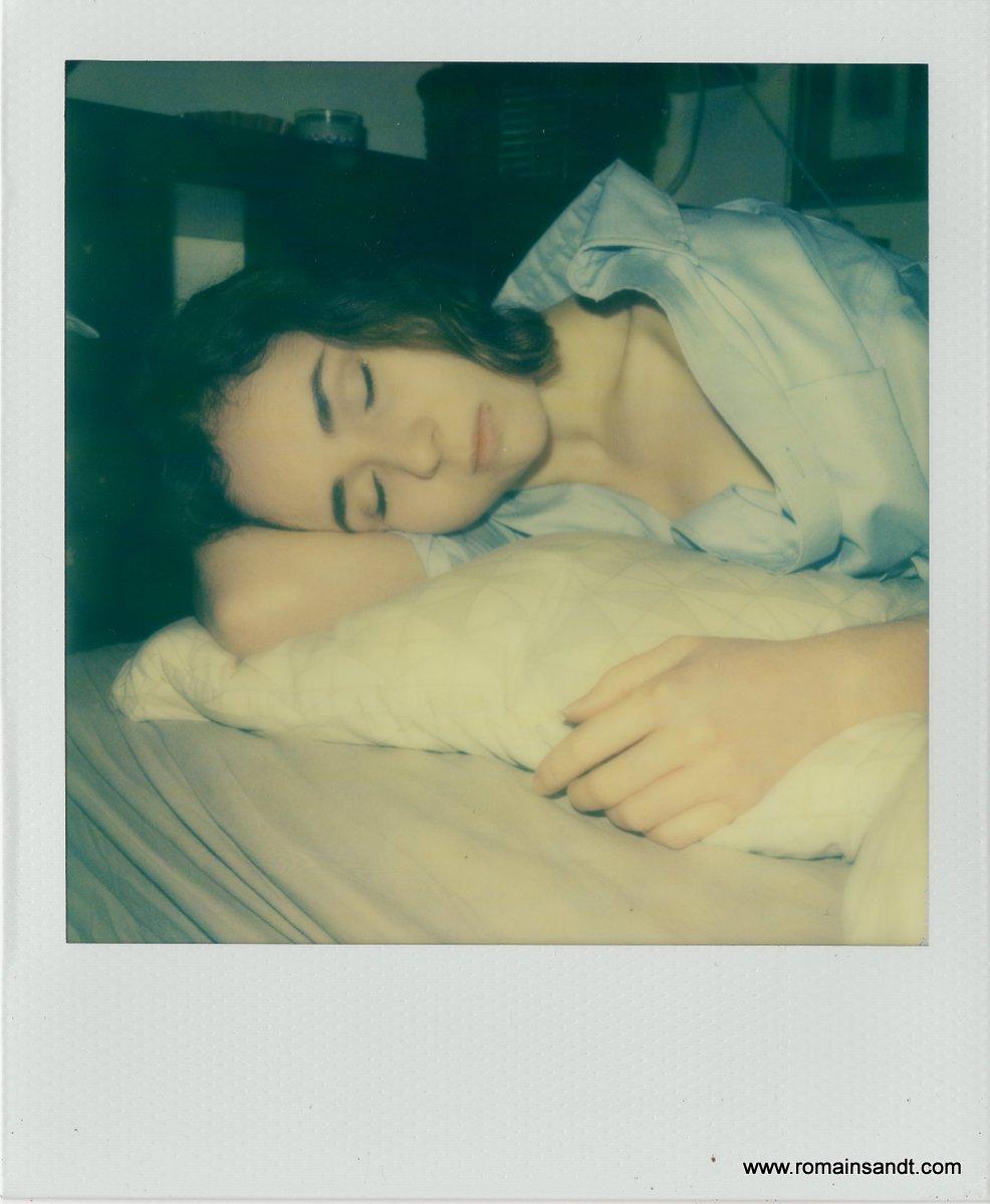 Le_sommeil_de_Margot_-instant_intime_dérobé_polaroid_slr_680_-_Romain_Sandt_pola012