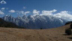 Montagne du dragon de jade vue depuis la montagne haba