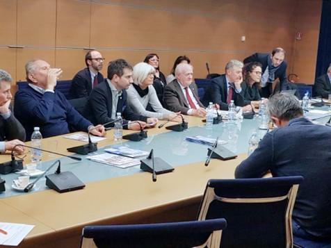 Firmato il rinnovo del contratto integrativo del settore edile delle province di Milano, Lodi, Monza