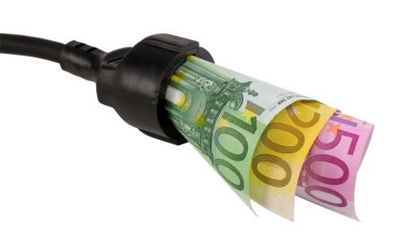+7,6% costo energia elettrica per piccole imprese