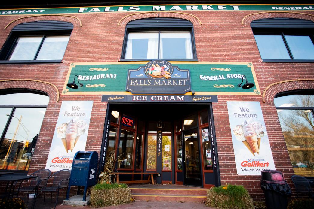 fallsmarketrestaurant&inn026.jpg
