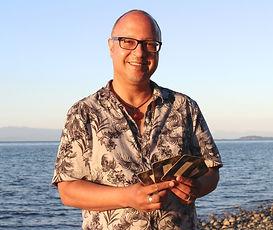 John De Freitas, Author an Tarot Reader